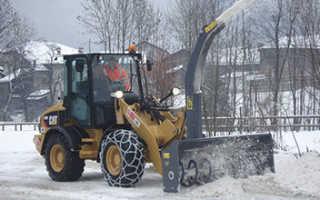 Шнекороторные снегоуборщики — преимущества и особенности эксплуатации